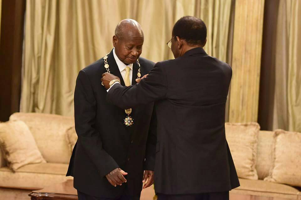 Obiang bestows Equatorial Guinea's Great Collar of Independence Award on Museveni
